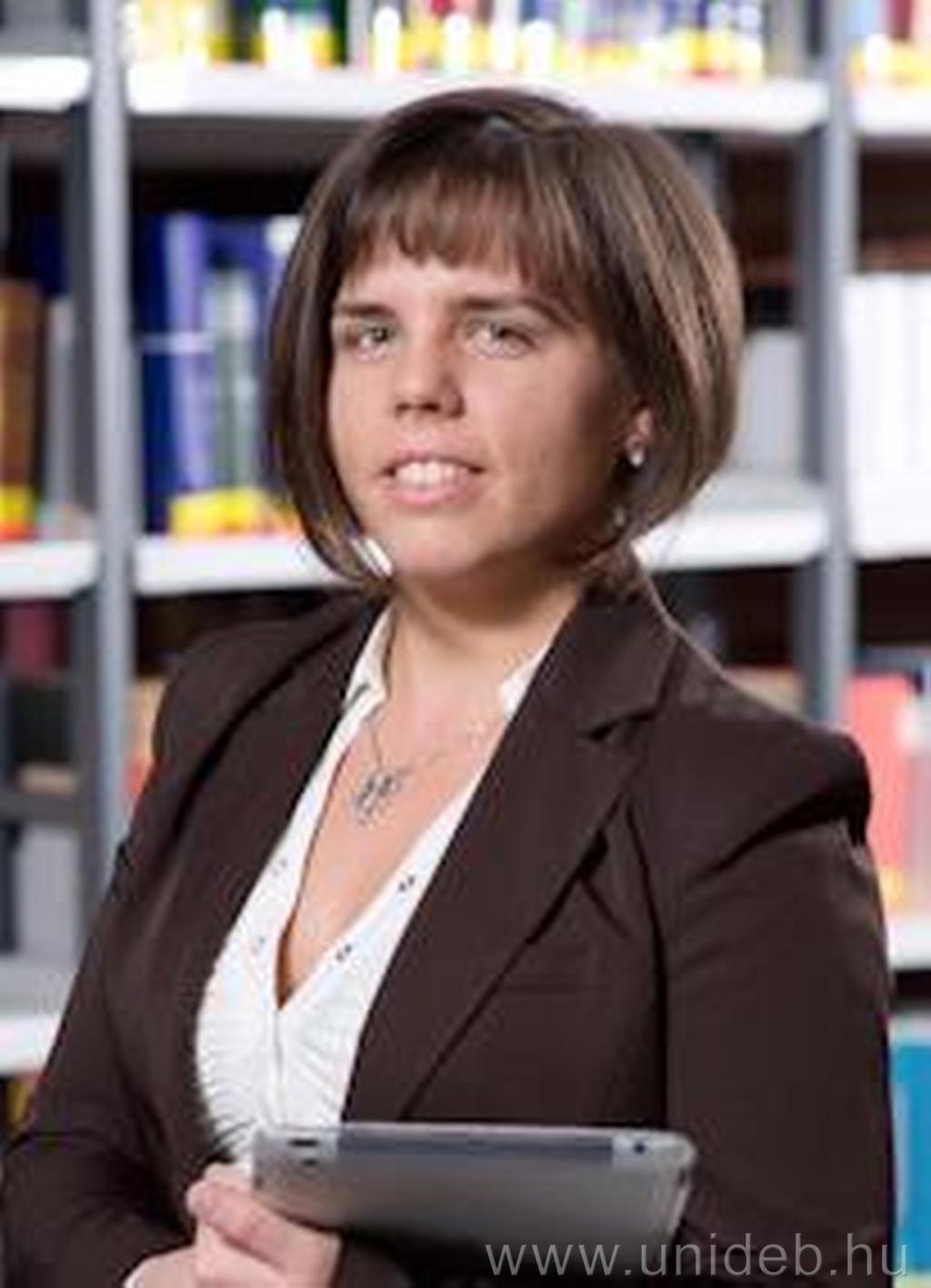 Dr. Zoványi Nikolett